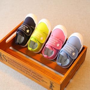 春秋幼儿园室内鞋儿童帆布鞋男童宝宝鞋子小童小孩布鞋女1-3岁2潮