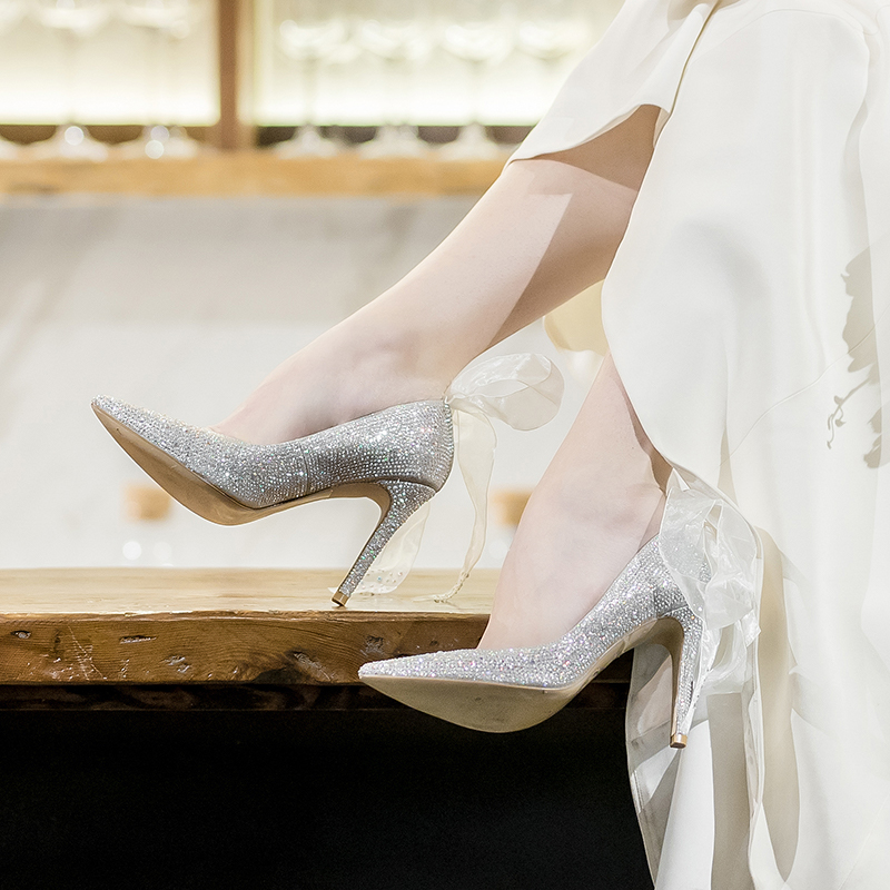 73Hours 水晶鞋銀色婚鞋水鉆尖頭結婚淺口高跟鞋新娘鞋細跟女鞋
