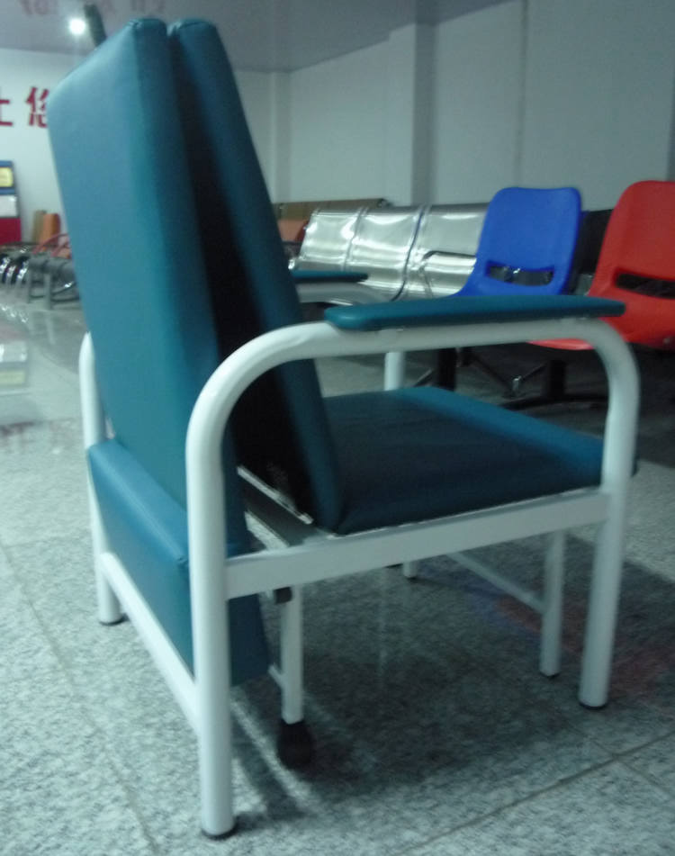 стул Tripod Chair