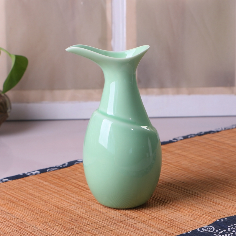 Qiao mu celadon ceramics hip points wine wine a small handleless wine cup celadon creative home wine cup powder greengage green set