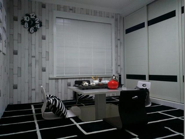 黑白色家居装让你颠覆的色彩观。