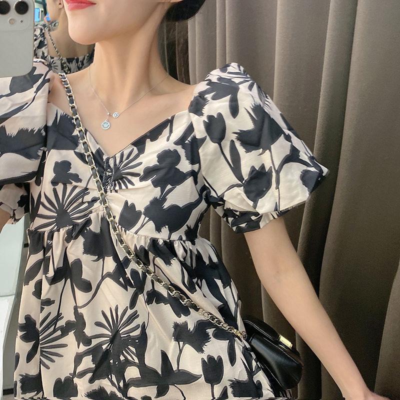 短袖印花裙子2020夏季女装新款学生泡泡袖V领收腰显瘦碎花连衣裙