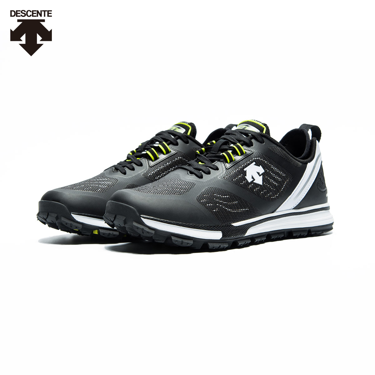 DESCENTE迪桑特男鞋 RUNNING系列 男女款跑步运动鞋 D7429RRN56