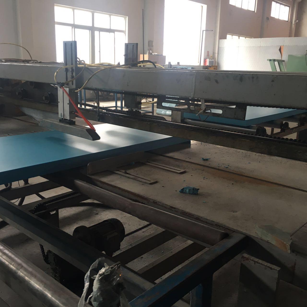 Изоляционный материал для стен Сяо Юй класса В2 огнестойкая изоляция доске постельные принадлежности коврик Бао с XPS огнестойкие прессованные плиты/плиты/плиты 5см