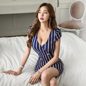 9937#【高档女装】2018夏季新款韩版女装V领竖条纹双排...