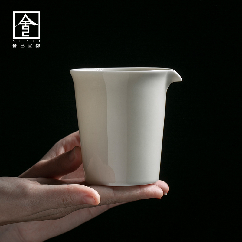"The Self - ""appropriate plant ash content of jingdezhen ceramic fair keller manually points of tea and a cup of tea. A single tea Japanese sea"