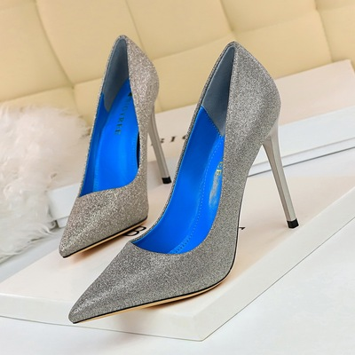 9511-20 European and American wind sexy nightclub show thin heels bright female heel high shoes with shallow mouth point