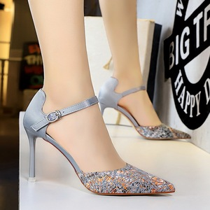 2136-1 the European and American wind sexy nightclub hollow high-heeled shoes high heel with shallow mouth pointed hollo