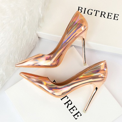 1829-2 the European and American wind metal with high glossy patent leather with shallow mouth pointed sexy nightclub sh