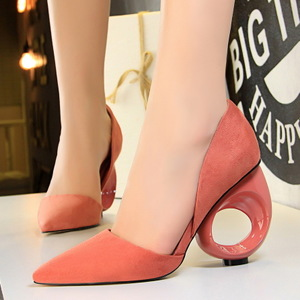 610-3 European and American wind high fashion with suede shallow mouth pointed hollow hollow out single round with hollo