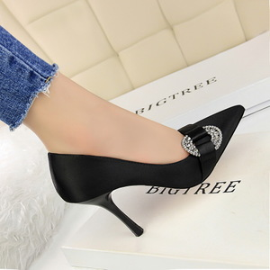 278-7 European and American wind shoes high-heeled shoes heel silks and satins shallow mouth pointed sexy party diamond