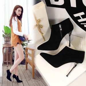 8663-2 the European and American fashion contracted wind fine with high heel boots pointed suede show thin and sexy nigh