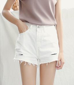 (实拍)新款 宽松白色磨破休闲显瘦牛仔短裤女热裤子 0379...