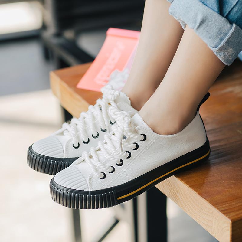 Giày nữ màu đen phong cách Hàn Quốc dễ kết hợp phong cách học sinh phù hợp cho mùa thu mẫu mới nhất