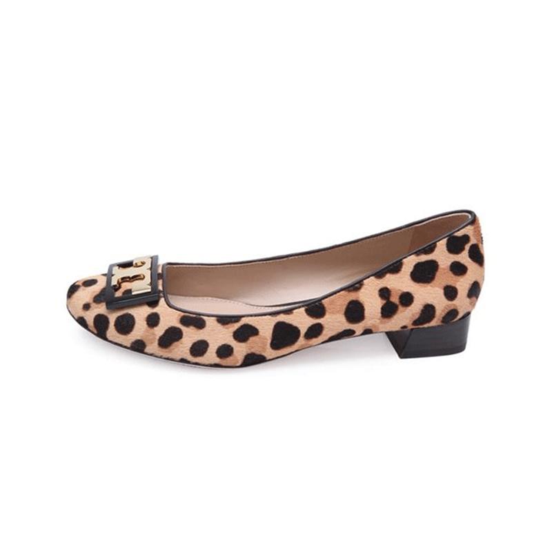 TORY BURCH 豹纹元素金属LOGO装饰女士牛皮材质方跟单鞋