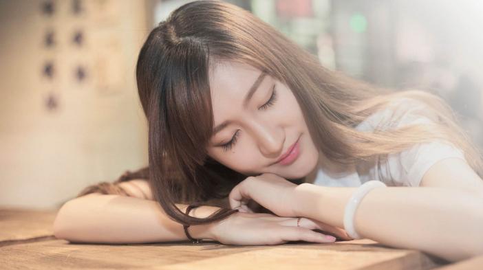 超实用5分钟化妆法,从此多睡一小时!