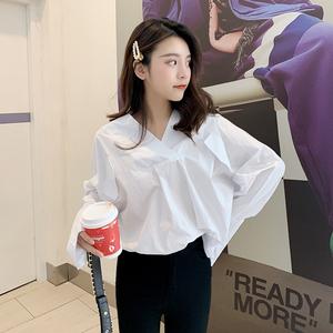 白色V领衬衫女韩范宽松长袖衬衣漏锁骨小心机上衣F5816