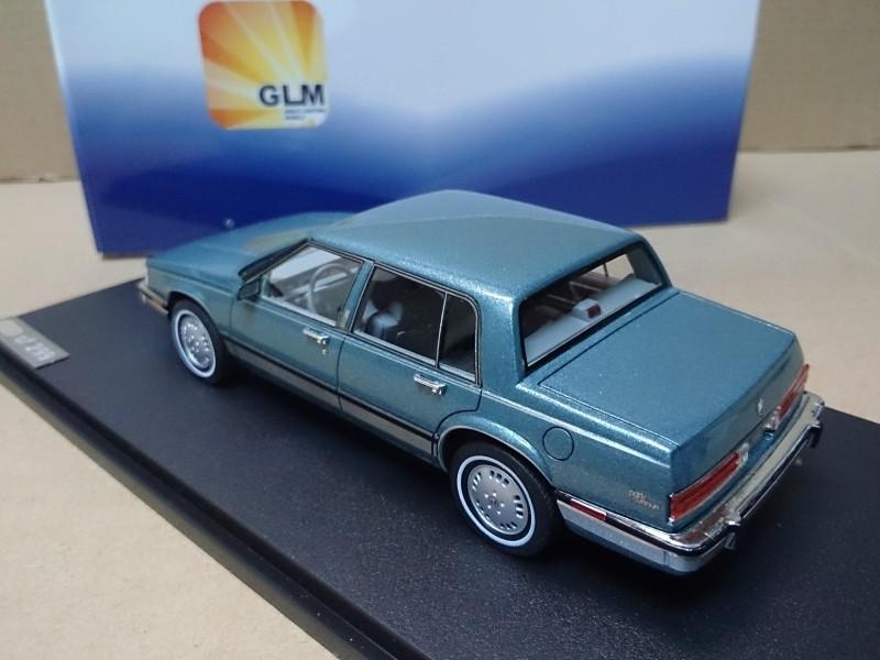 Модель машины Glm  Buick Electra Park Avenue 1:43