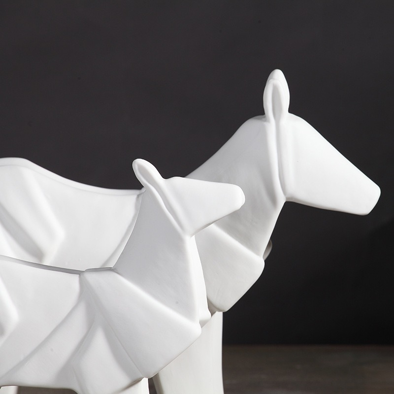 Nordic contracted wind ceramic origami horse decoration is the sitting room TV ark adornment furnishing articles wholesale creative arts and crafts