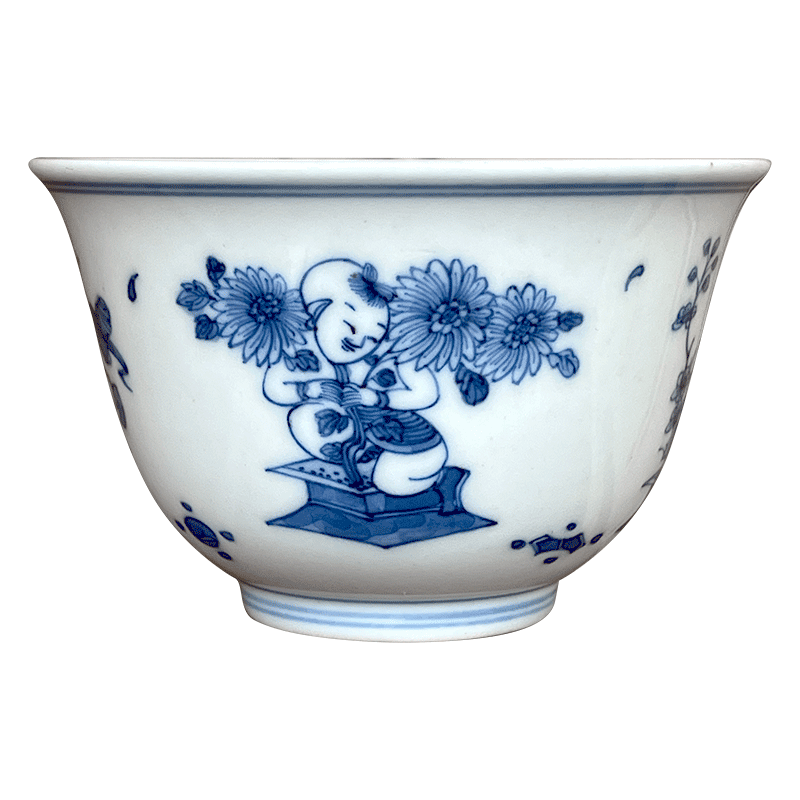 Jingdezhen blue and white meilan lesser RuanDingRong made lesser money lotus by four seasons boy baby play sample tea cup tea cups
