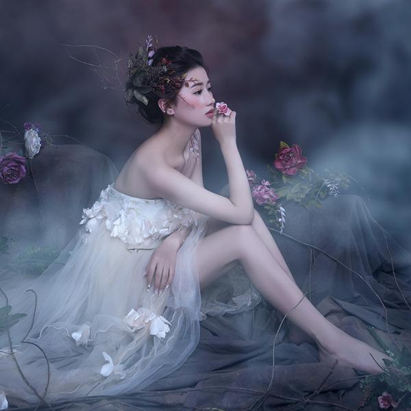 成都苏菲国际婚纱摄影影楼写真工作室个人性感艺术照团购拍摄398