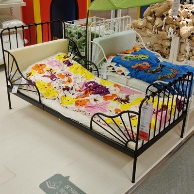 детская кроватка IKEA  80*200