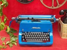 Пишущая машинка Старая печатная машинка английский