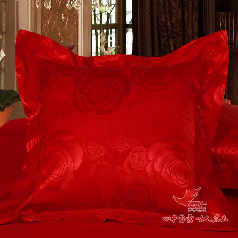 向上婚庆床品结婚抱枕红色靠垫XHQKDT02