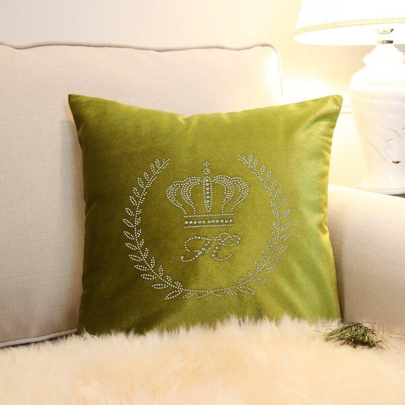 凯斯黛尔家居装饰品烫钻皇冠抱枕