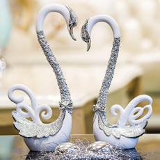 Декоративные украшения Has shown signs of