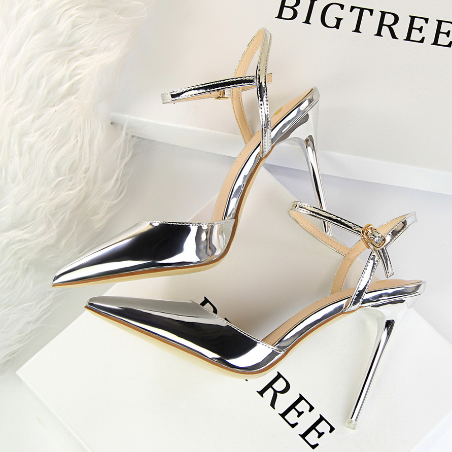 Europe and the United States 2019 spring and summer New pointed shoes  patent leather metal sandals 0dfbacf65c97