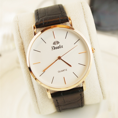 Korean version of the watch male and female students Korean version of the simple waterproof ultra-thin men and women with leather watch couple watch a pair