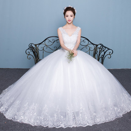 Wedding Dress Korean shoulder V-neck slim Princess large size Qi 2018 new female long tail bride married