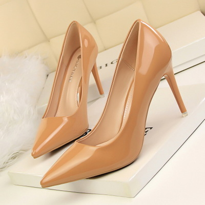 Han edition fashion contracted 701-1 for women's shoes with patent leather high heel lighter pointed professional OL sin