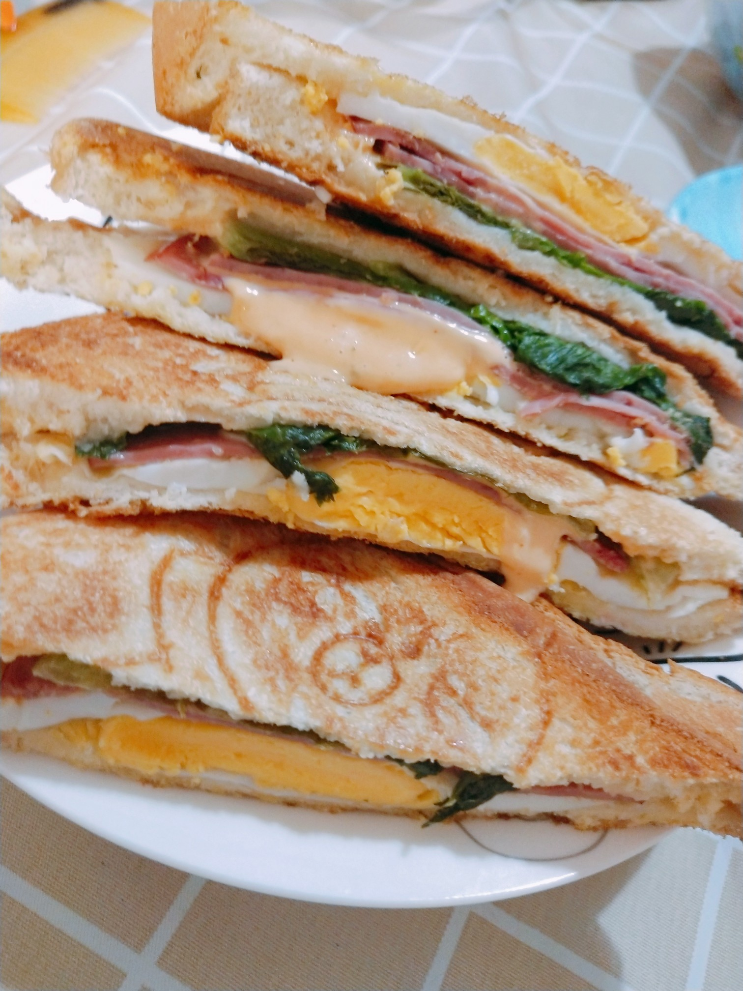 九阳三明治机早餐机家用加热轻食机评测