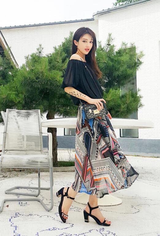 实拍度假风长裙两件套雪纺衫+不规则几何图案半身裙两件套