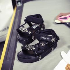 日本,亲子,儿童,凉鞋,魔术贴,平底,沙滩,铆钉,夏季,童鞋,克罗心,白色