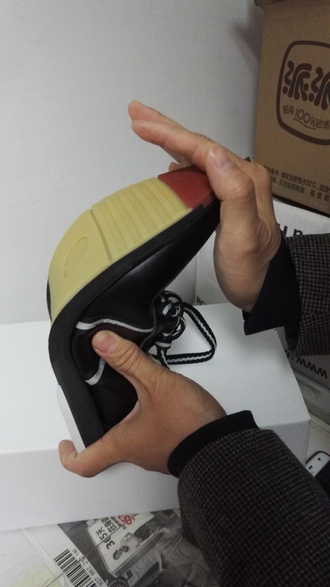 Обувь для боулинга 飞弧保龄球用品 全真皮黑色个性款式专业保龄球鞋 软底舒适大方