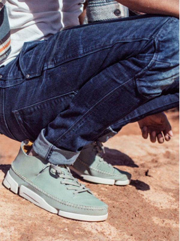 你需要一双好鞋,因为你有很多人要见,时光流转,我自从容不迫。