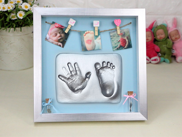 The baby hand footprints mud full moon hundred days baby hand and ...
