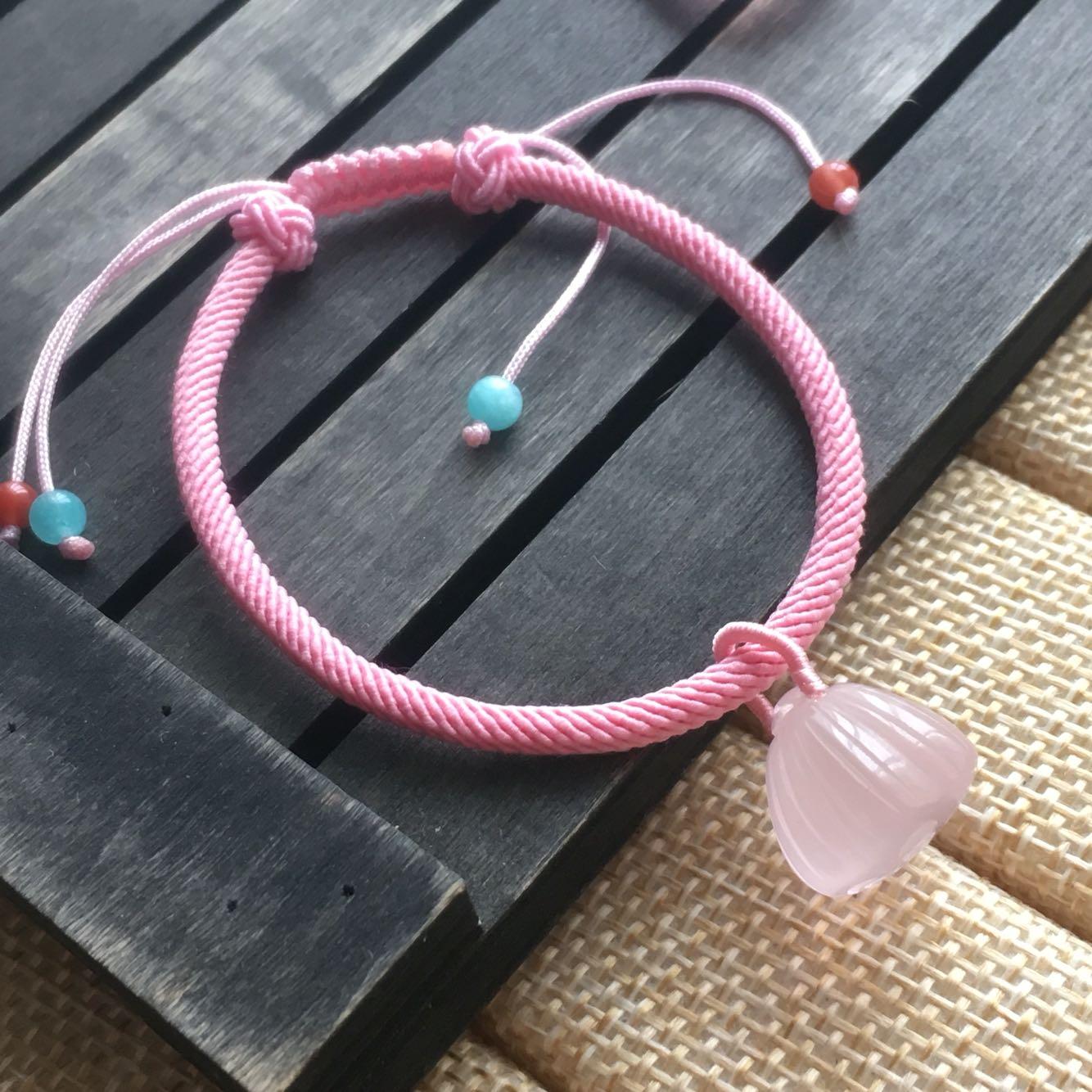 新款天然粉水晶手链铃铛莲蓬接吻鱼鱼如意锁海星吊坠绳编手链