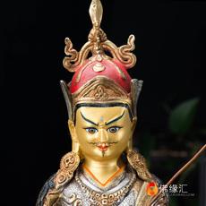 Изображения Будды, Статуи божества Падмасамбхава статуя