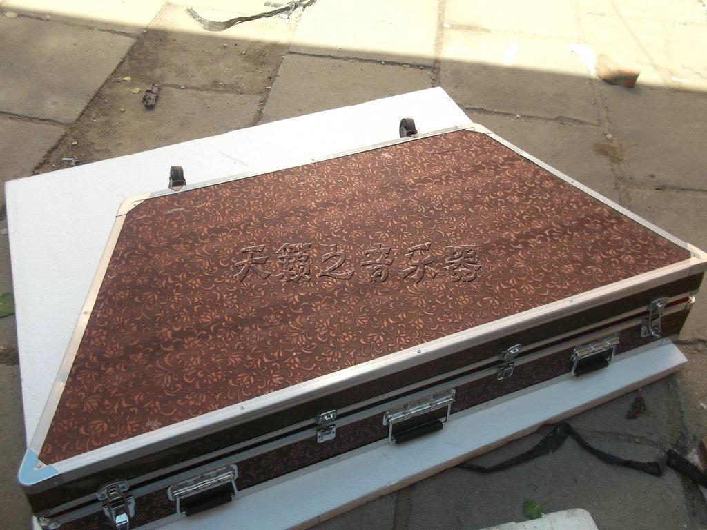 Цимбала Завод прямых этнический музыкальный инструмент цимбалы аксессуары бокс для кассет алюминиевый край с рицинусами замок безопасности