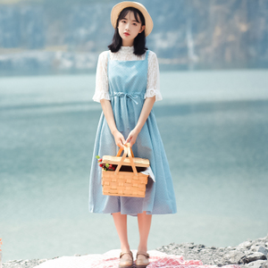 6122#【现货实拍】背带裙+蕾丝上衣两件套