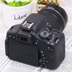 профессиональная цифровая SLR камера Canon EOS