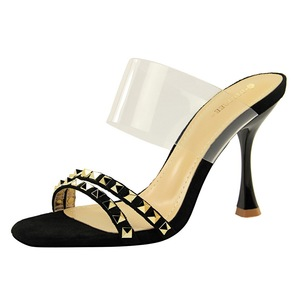 127-1 the European and American wind sexy female sandals party glass with metal rivets with ultra-high transparent word