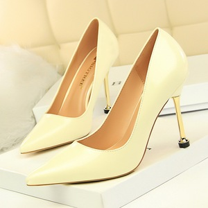 171-2 han edition fashion contracted professional OL show thin fine with high heels with paint light mouth pointed women