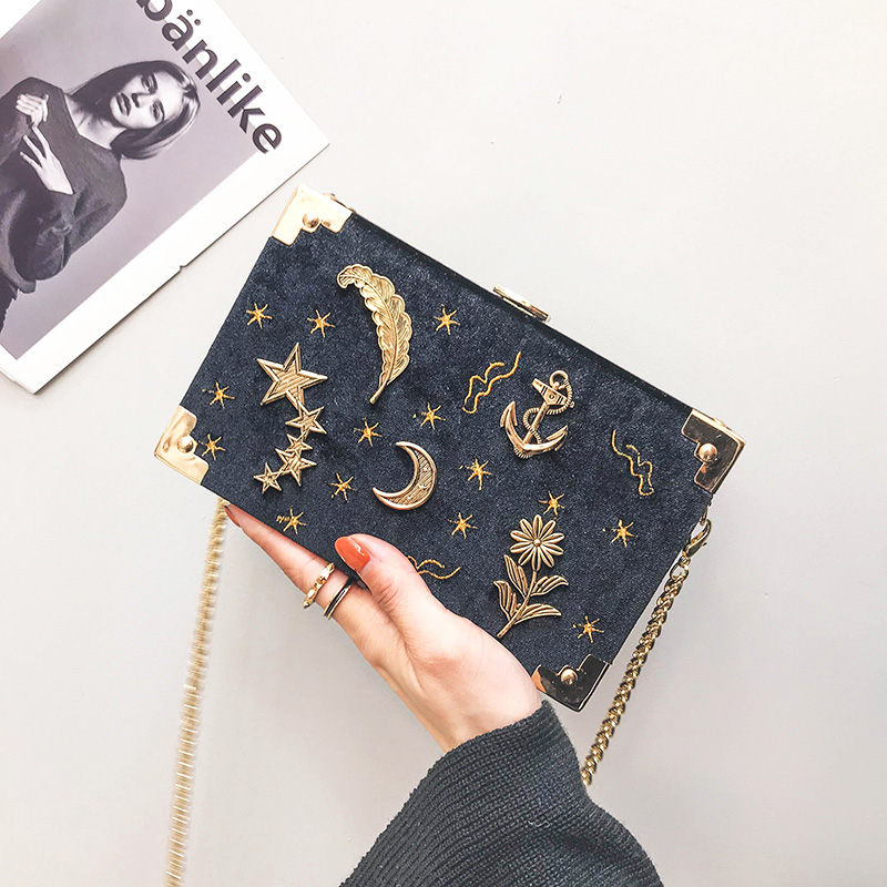 ins Super fire velvet box small bag female 2018 new chain bag Korean Wild star embroidery small square bag