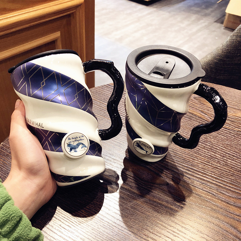 Creative blue large capacity mugs ceramic coffee cups with cover teaspoons of household water cup han edition female students