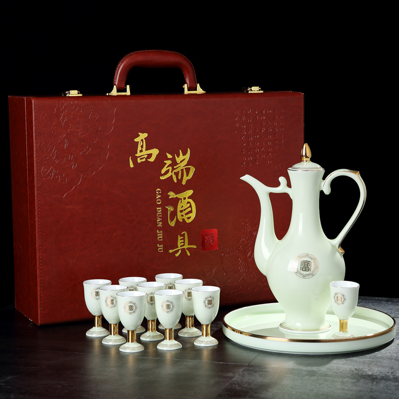 Hongying ceramics jingdezhen porcelain paint jar of wine jade suit household of Chinese style antique white wine a small handleless wine cup the clear glass